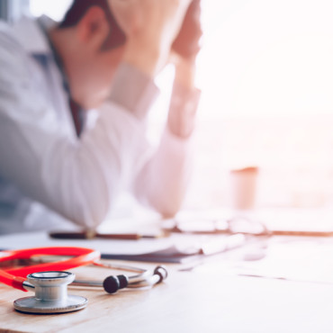 Five Reasons Physicians Stay in Bad Jobs